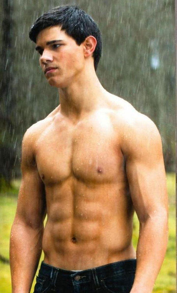 Ladyboner of the Day: Taylor Lautner, Werewolf Turned Butt-Kicking Hottie- Cosmopolitan.com