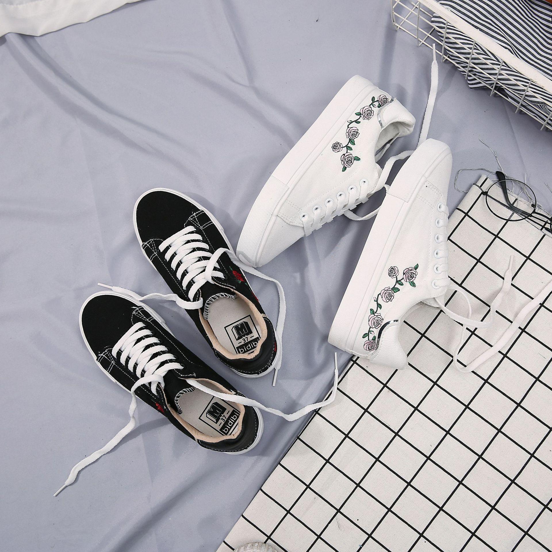 10 4 Women S Canvas Shoes Canvas Shoes Women Shoes Canvas Shoes