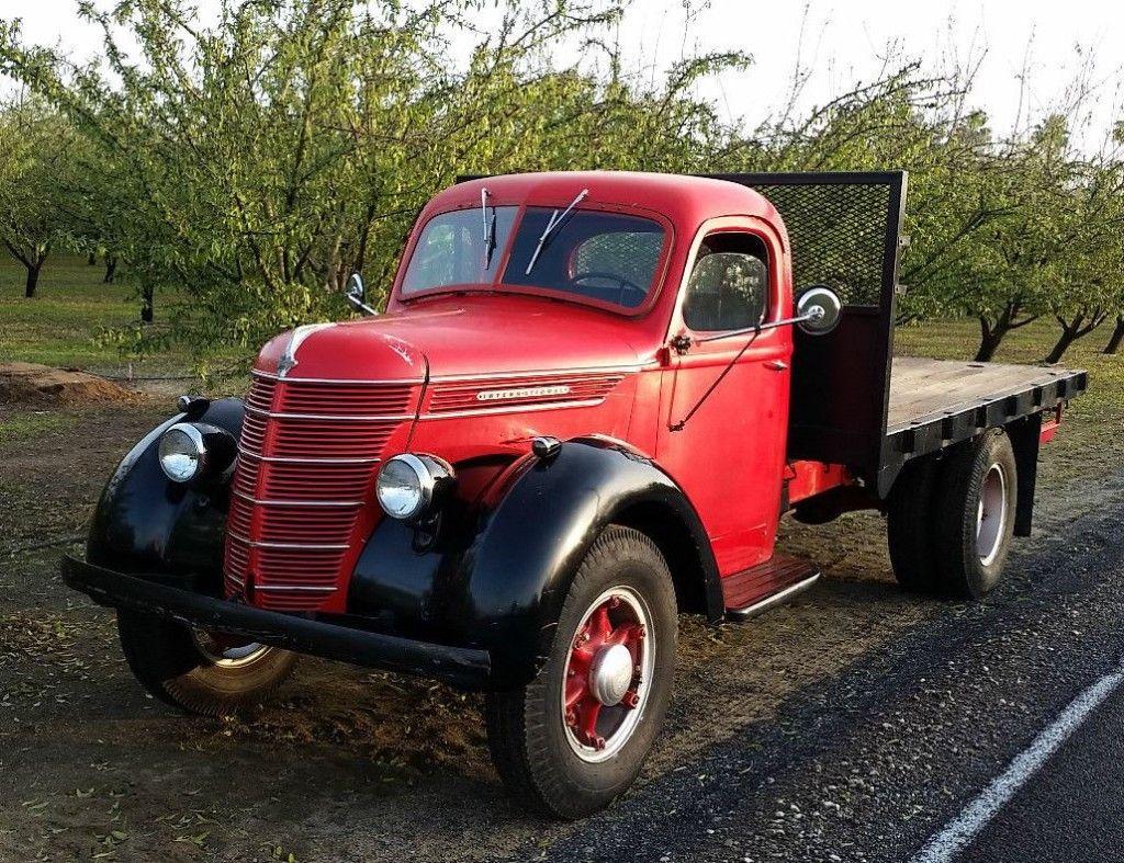 Dual Purpose Driver 1940 International Harvester D30 Flatbed
