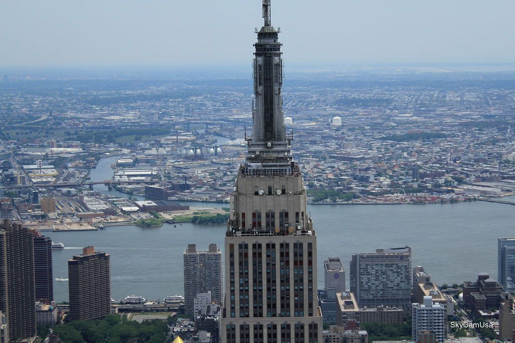 Empire State Building, New York, United States    The Empire State Building of New York, in the United Stats was built in 1931, and it is one of the oldest and most famous buildings in the world.