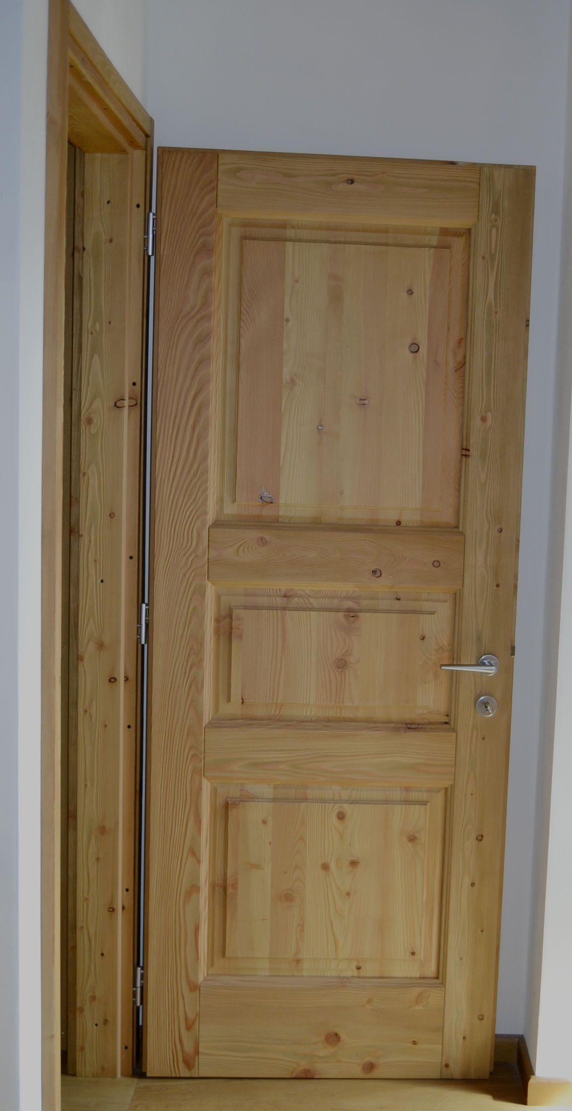 Porta in legno di abete spazzolato - Centurioni 1880 | PORTE INTERNE ...