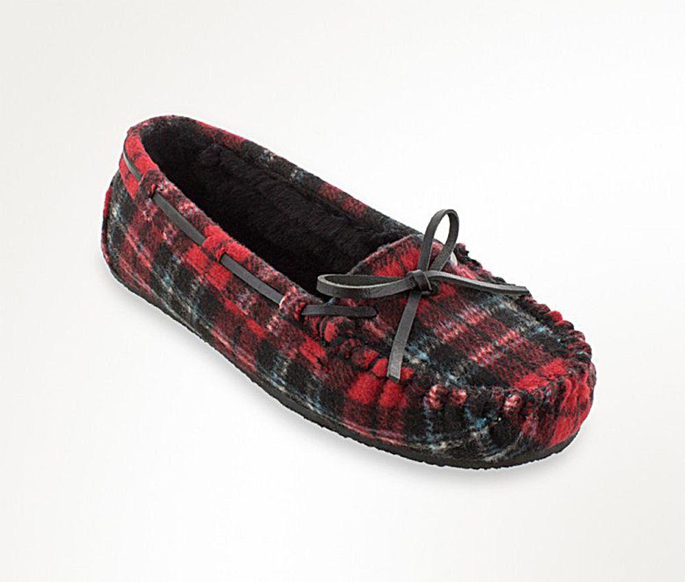 6b438f690261b Women's Minnetonka Red Plaid Cally Slipper | Boots, Boots, Boots ...
