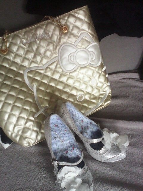 My new bag and shoes, I love....