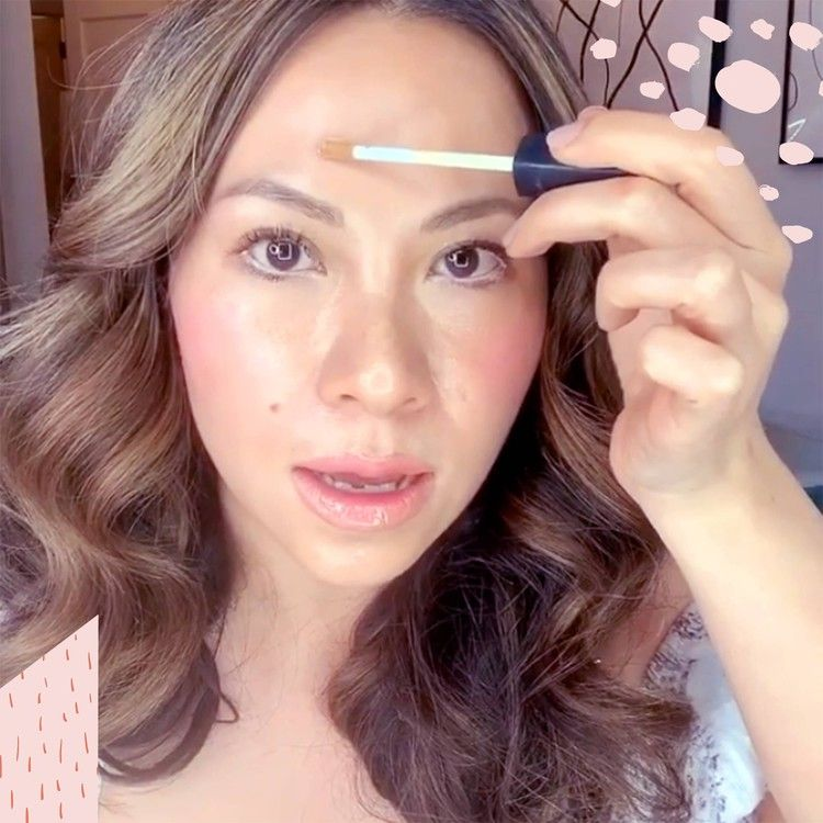 Makeup Artist Nam Vo Shared A Mind Blowing Trick For Concealing A Zit British Glamour In 2020 Zits Makeup Artist Beauty