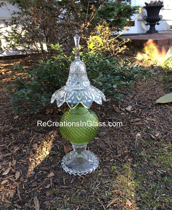 Garden art. Garden totem. Glass totem. Assembled glass
