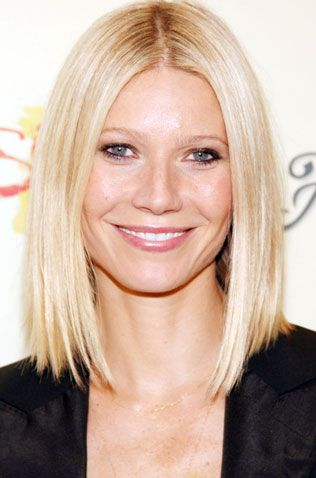 Gwyneth Paltrow Long Angled Straight Blond Bob Hairstyle Winter Blonde Hair Hair Styles Bob Hairstyles