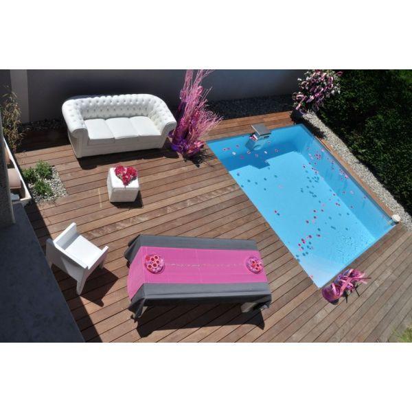 Les margelles en bois pour piscine