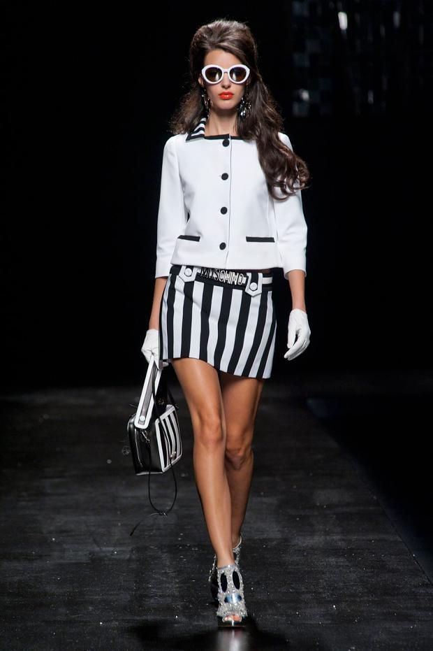 Black white clothes fashion 12