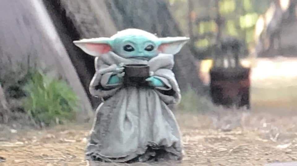 Baby Yoda Sipping Tea Babyyoda Disney Themandalorian Best Funny Pictures Yoda Funny Memes