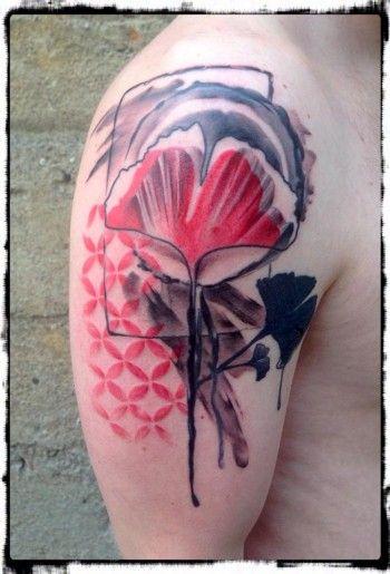 INKYundSTRETCHY   tattoo und piercing