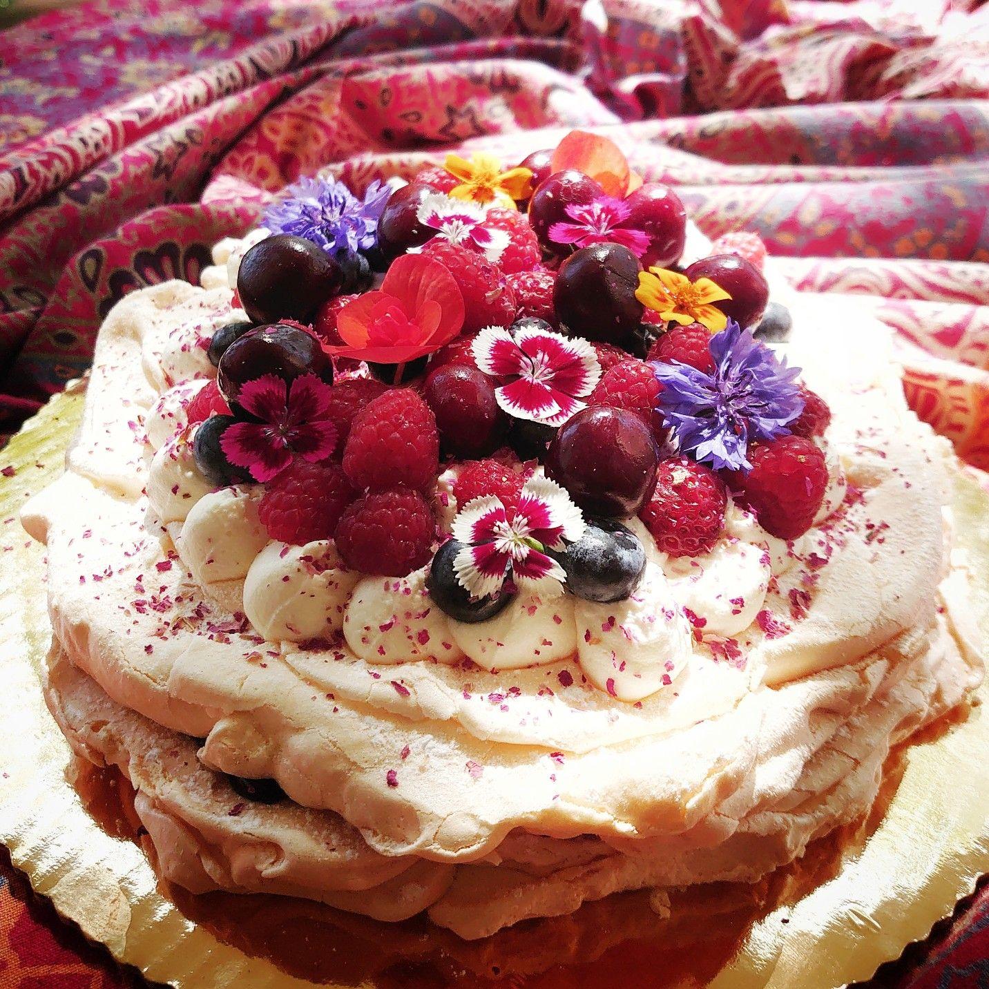 Beza Owocowo Kwiatowa Desserts Cheesecake Cake