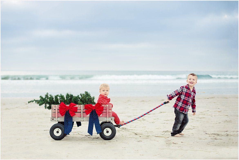 Christmas Tree in Wagon | San Diego Family Photography | Family ...