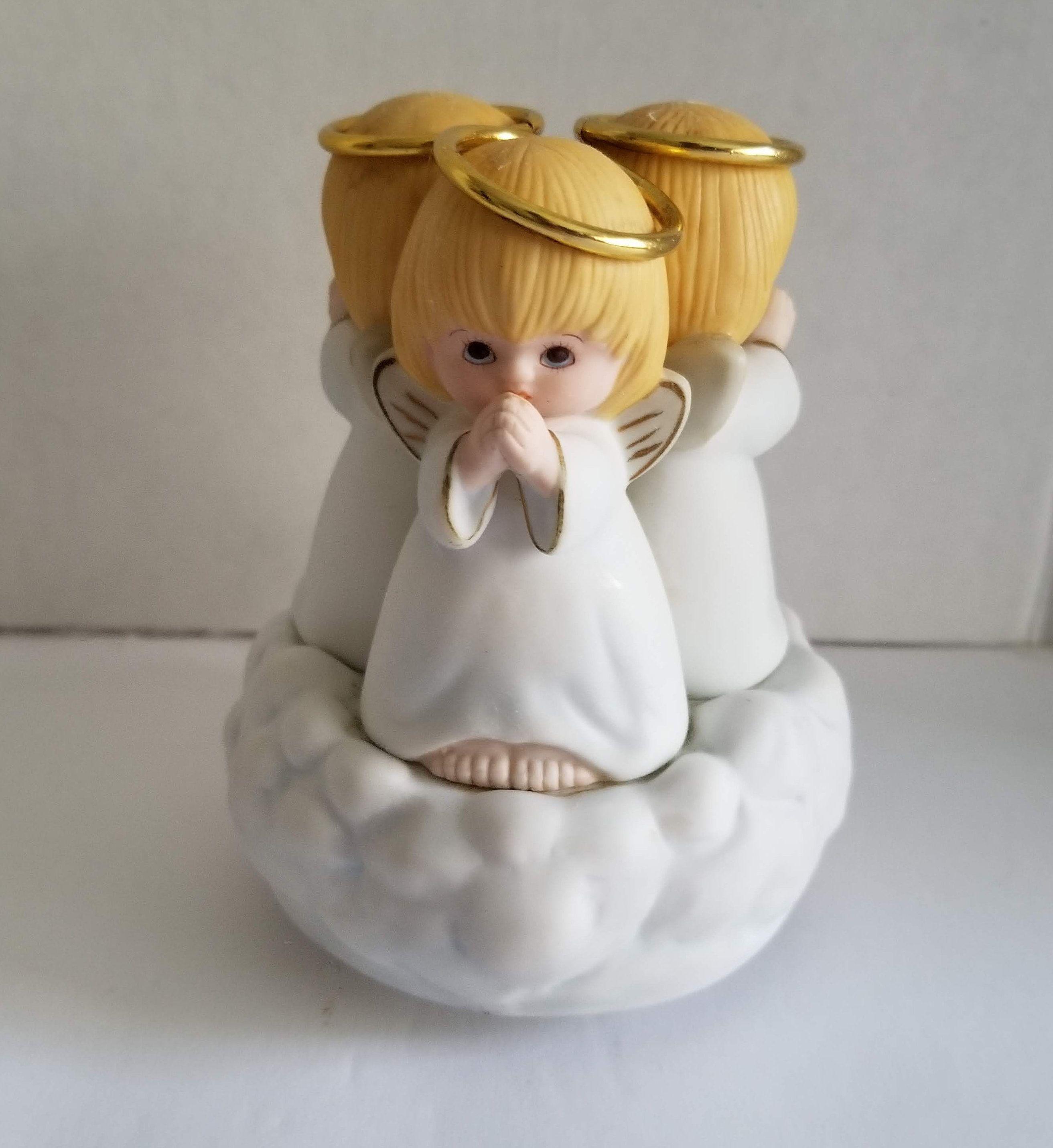 Hallmark Heart Shaped Three Angels Praying porcelain jewelry box vintage 1980s