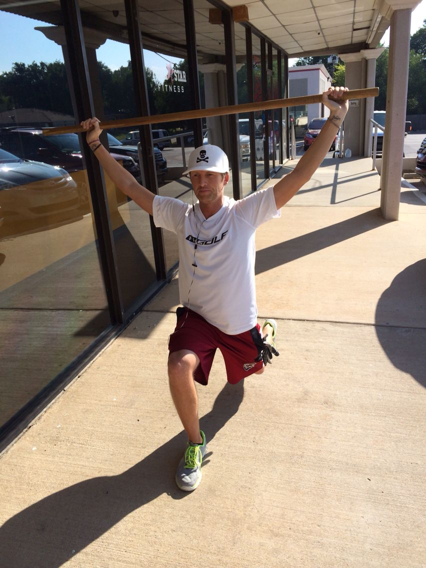 Jared rocking walking lunges outside the gym in the