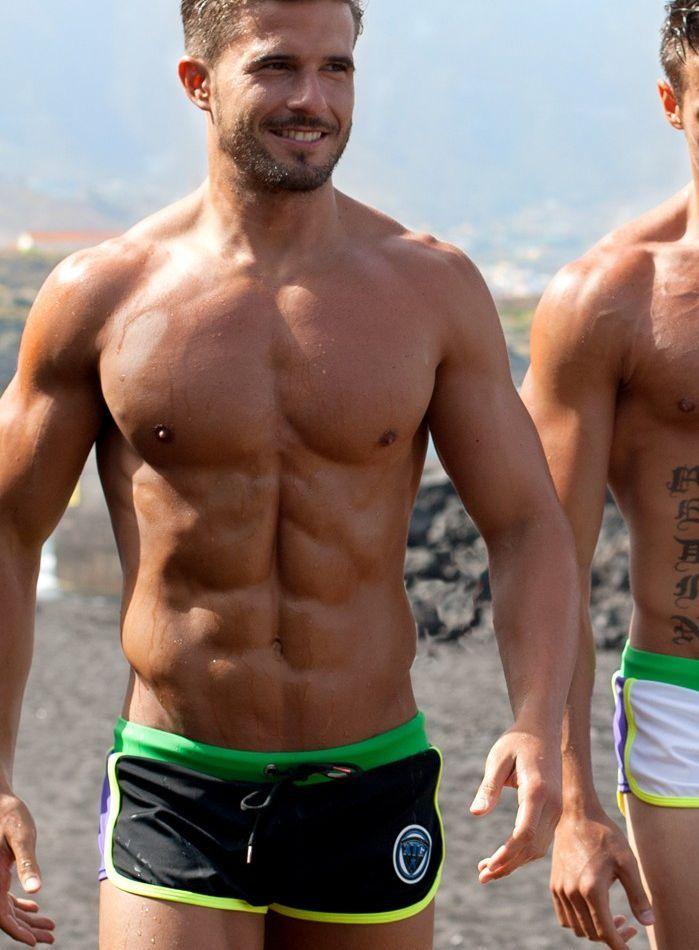 XTG Swimwear: Beach Time 2016 http://www.burbujasdeseo.com/xtg-swimwear-beach-time-2016/