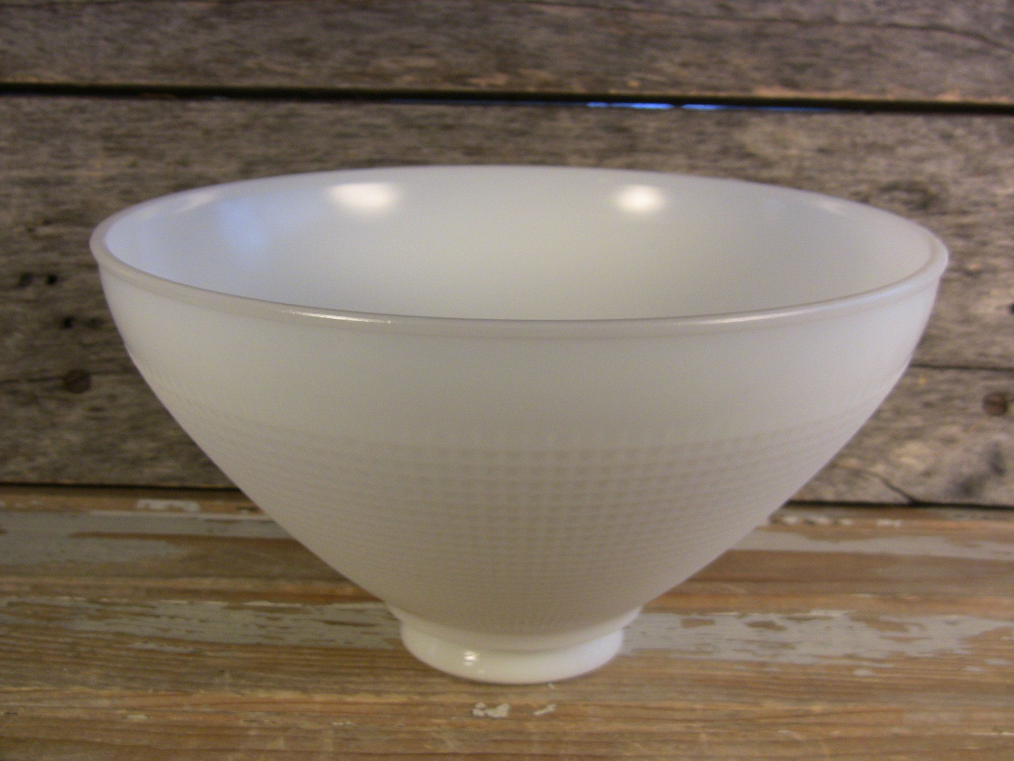 Vintage Milk Glass 10 Torchiere Lamp Shade 2 75 Fitter Fits Mogul Socket Lamps Art Nouveau Reflector Di Vintage Floor Lamp Vintage Lamps Torchiere Lamp Shade