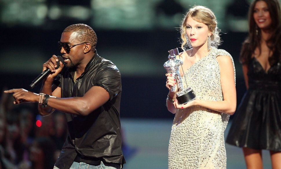A Timeline Of Kanye West Taylor Swift S Feud To Help You Process Look What You Made Me Do Kanye Interrupts Taylor Kanye West Kanye West Songs