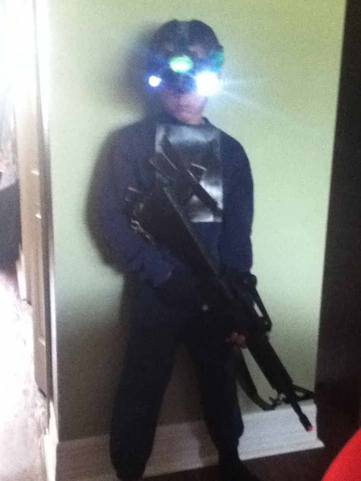 I made my little brother a splinter Cell outfit :D