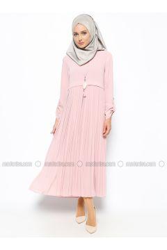 By Gulay Bayan Giyim Modelleri Ve Fiyatlari By Gulay Bayan Giyim Satin Al Giyim Moda Stilleri Elbise