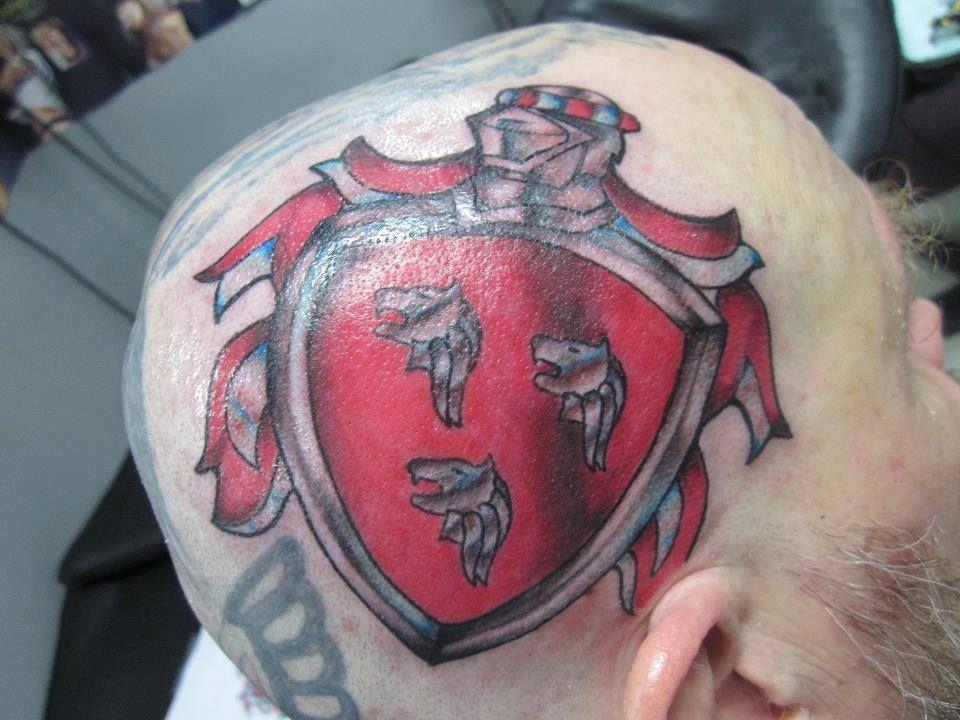 #daddyjacksbodyartstudio #daddyjackstattoos #tattoo #headtattoo #familycresttattoo