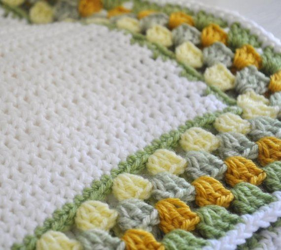 Love the pretty boarder with a simple white blanket | Crochet ...