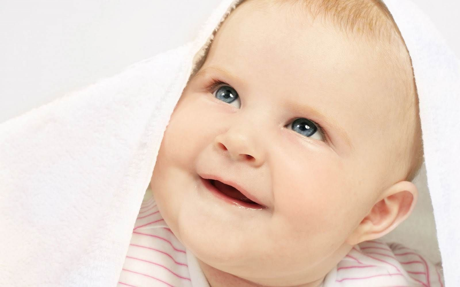 cute baby boy wallpapers and pictures collection 1600×1000 cute baby