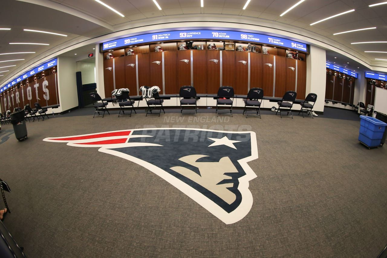 Pregame Inside The Patriots Locker Room 8 9 Locker Room Patriots Lockers