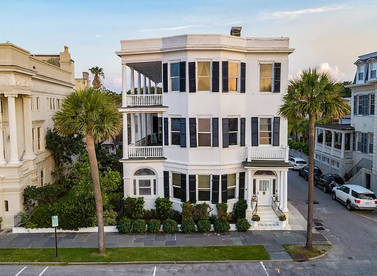 31 E Battery St Charleston Sc 29401 Mls 18020937 Zillow Antebellum Homes Historic Homes For Sale South Carolina Real Estate