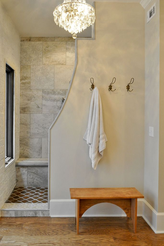 Walk In Shower With A Curved Privacy Wall Bathroom Remodel