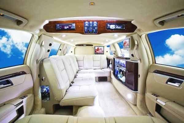 La Limousine En Reve Le Sens Limousine Mercedes Limousine Voiture