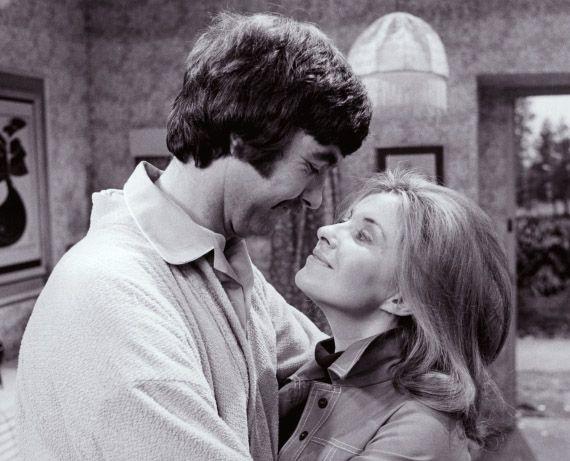 My Wife Next Door - John Alderton and Hannah Gordon  sc 1 st  Pinterest & Hannah Gordon u0026 John Alderton in u0027My Wife Next Dooru0027 1970s sitcom ... pezcame.com