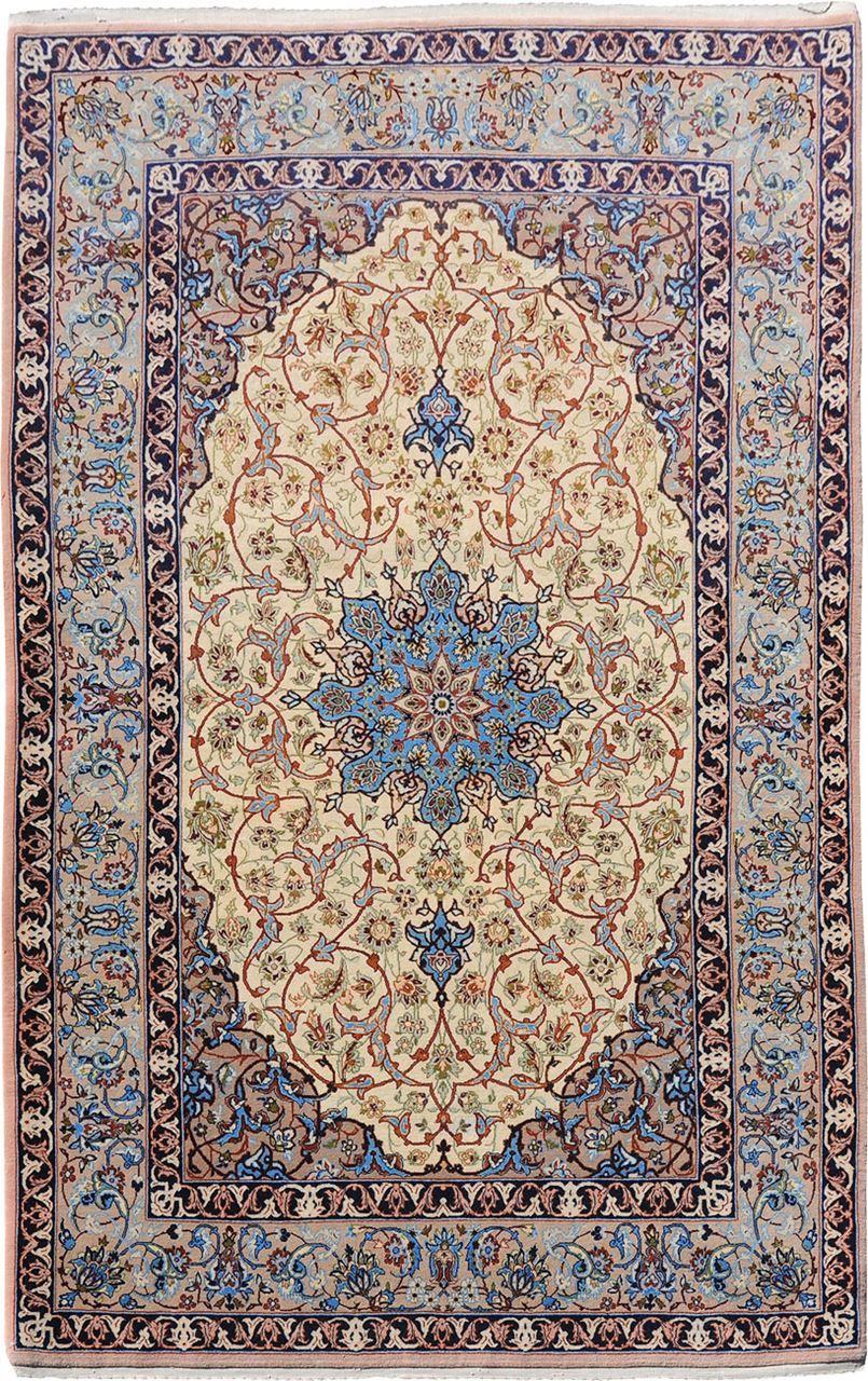 Persian Isfahan Wool And Silk Rug 3 6 X 5 8 J H Minassian Gallery Rugs On Carpet Rugs Carpet Handmade