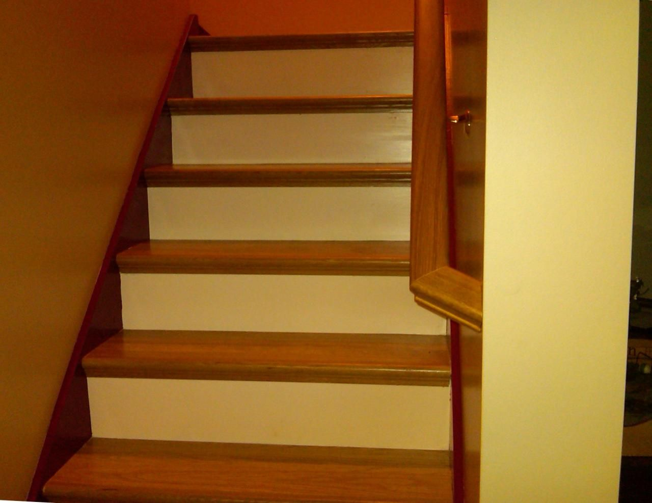 Best White Oak And Painted Risers By Bennet Stair Company Diy 640 x 480
