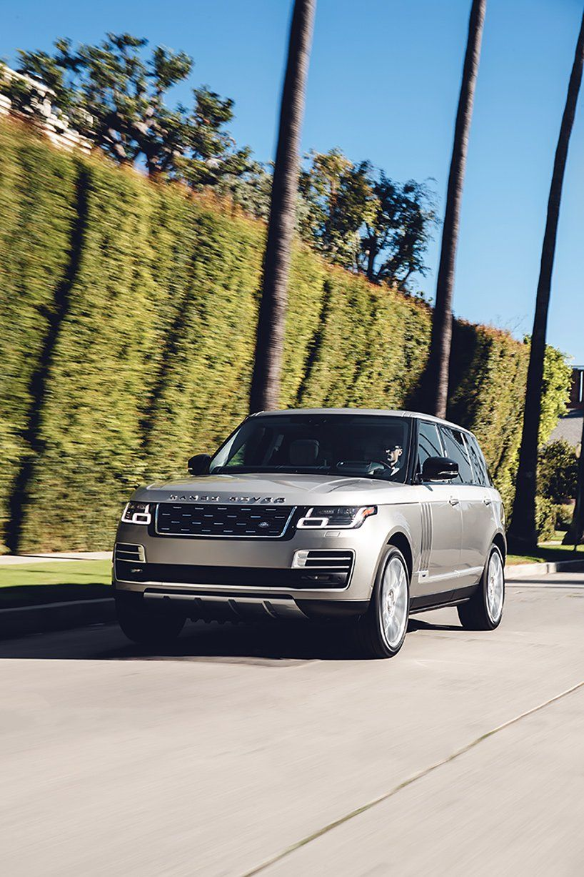 meet the luxurious 2018 range rover SVAutobiography