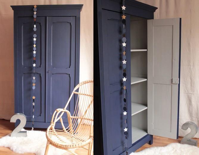 Une belle couleur qui donne beaucoup de cachet à cette armoire ...