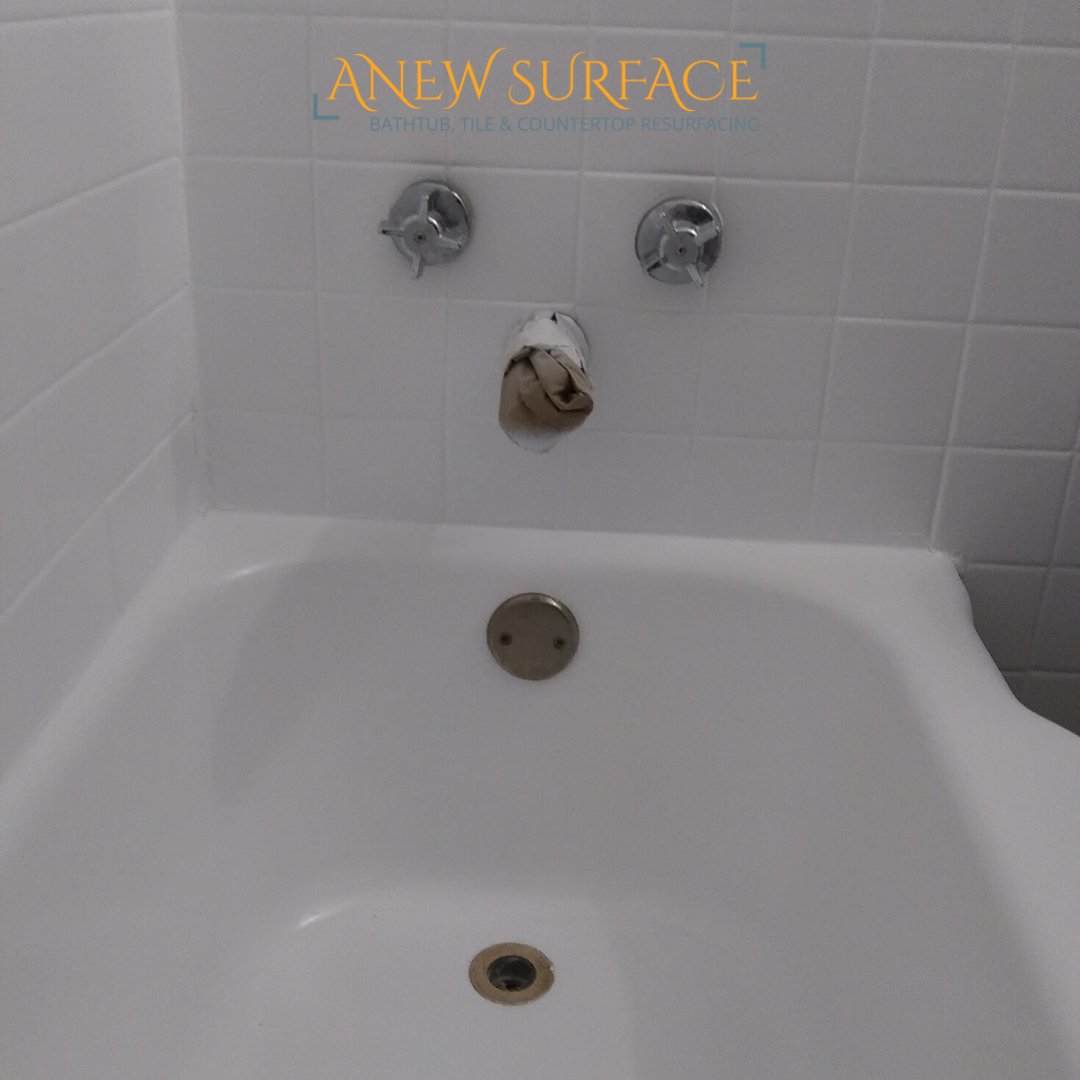 This Bathtub Had A Rubber Strip Removed From The Front We Cleaned