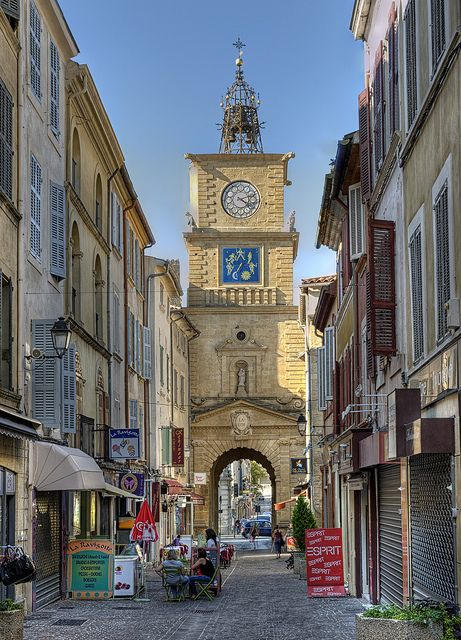 Clock tower salon de provence provence france france - Location a salon de provence ...