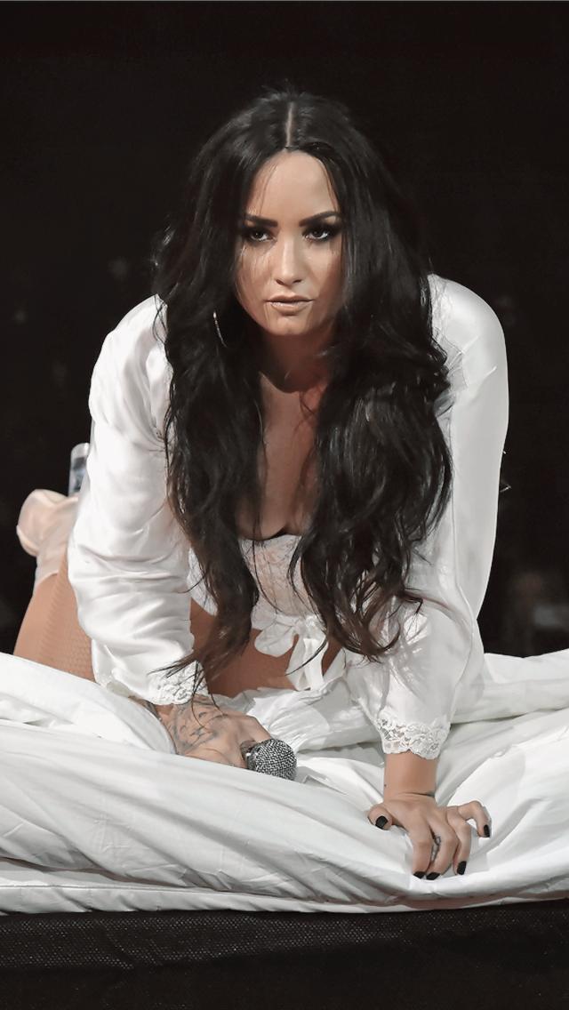 Demi Lovato Tell Me You Love Me Tour Demi Lovato Pictures Demi Lovato Body Demi Lovato
