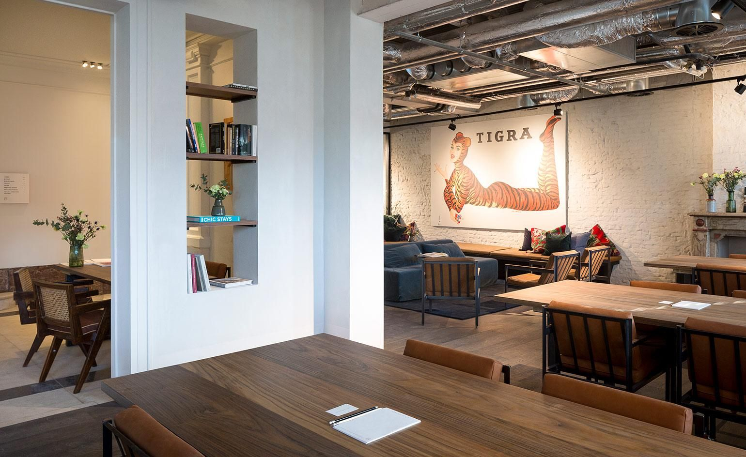 design conscious co working spaces around the world workplace rh pinterest com