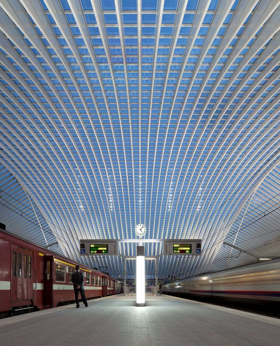 Li ge guillemins tgv railway station by santiago calatrava Architecture courbe