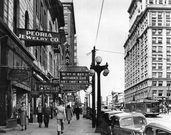 main street 1940 s old peoria east peoria illinois peoria rh pinterest com