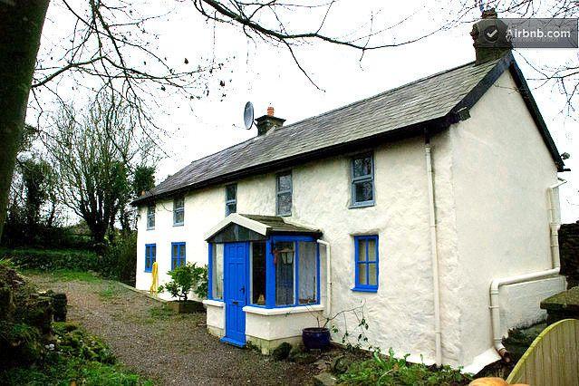 47 a night farmhouse in cork ireland travel rooms for rent rh pinterest com