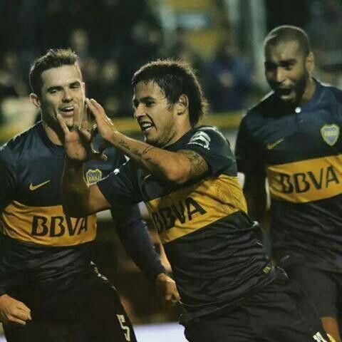 Meli festejando su gol frente a Godoy Cruz