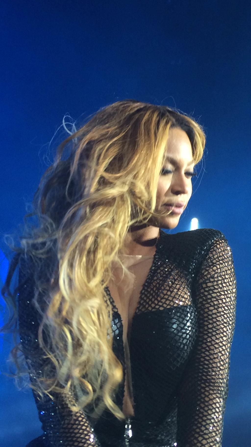 OTR Tour Beyonce Paris 13.09.2014 Hair Color | Hair and ...