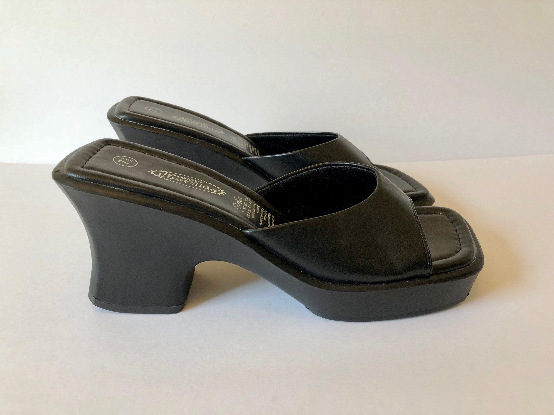 c4fe0a42d45e Vtg 90s Black Sandals Black Shoes   90s Slides Open Toe Sandals Wedge Chunky  Platform Shoes