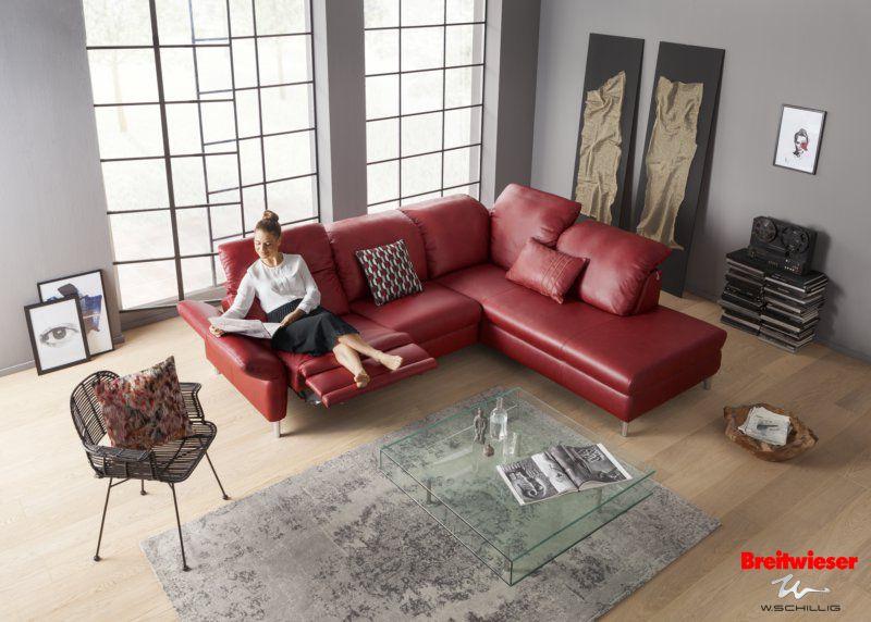 Simple W SCHILLIG bei Breitwieser Elegantes Ledersofa in Rot G nne dir Ruhe und Entspannung