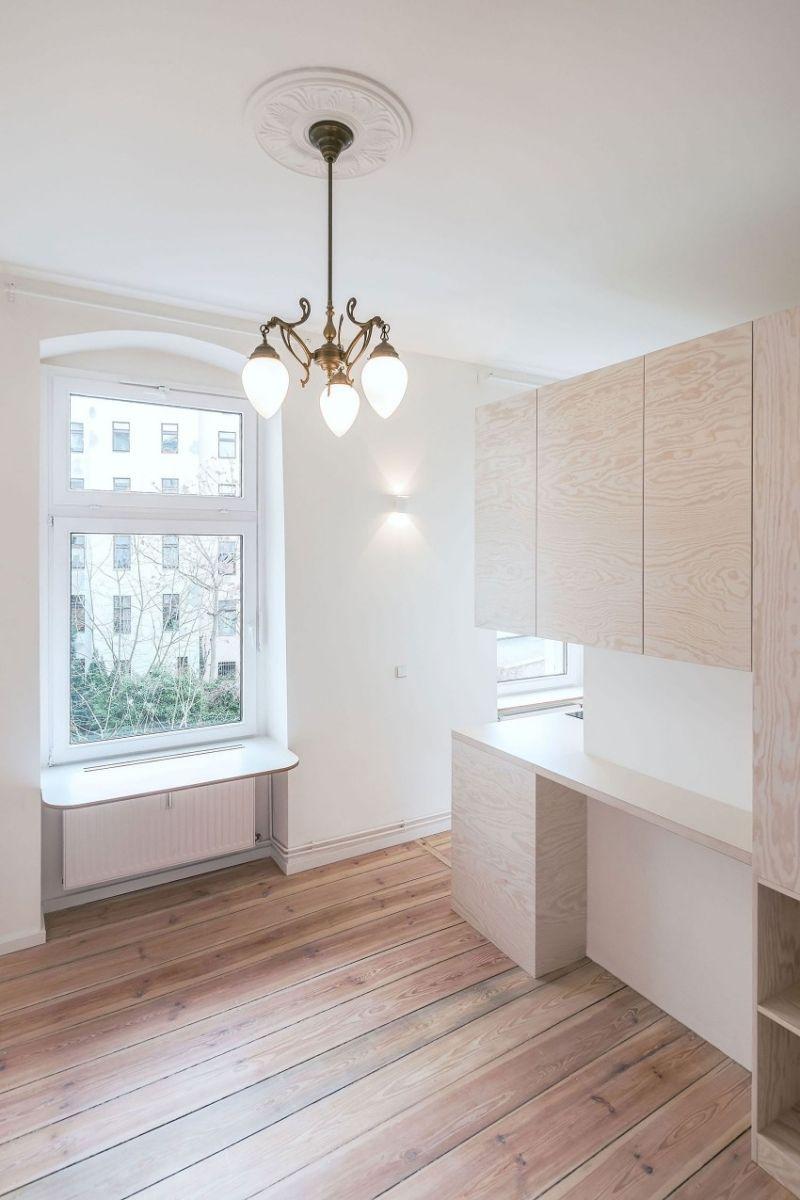 Kleine Wohnung Einrichten U2013 Gestaltung In Weiß Und Naturholz #einrichten  #gestaltung #kleine #