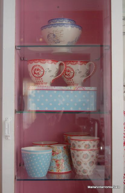 dream home,display cabinet