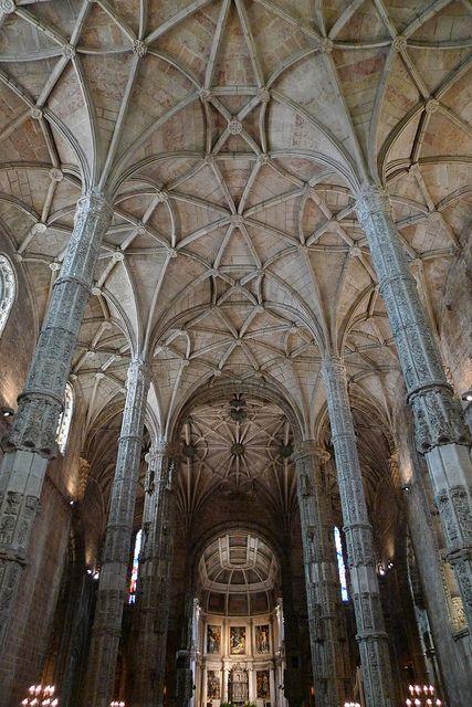 Lisboa - Interior Iglesia Monasterio de Jerónimos