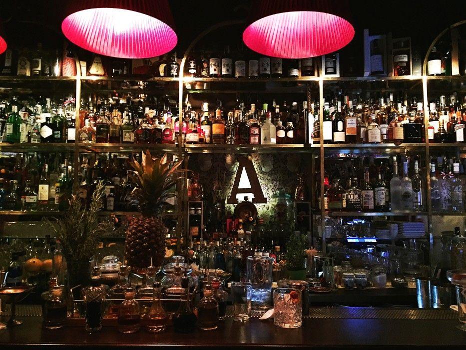 bottigliera bancone bar - Cerca con Google   Bottigliera ...